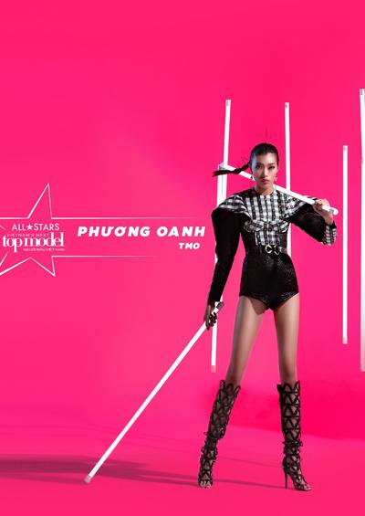 Vietnam Next Top Model:Thí sinh hồn xiêu phách lạc vì trăn quấn người